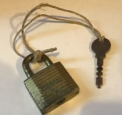 Antique Collectable Cast Iron/Steel Old Padlock USA For Trunk Box With KEY