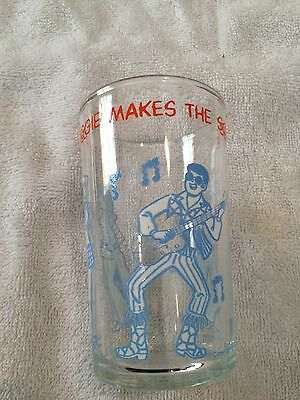 Vintage  Glass 1971 The Archies  Reggie Makes The Scene  Glass