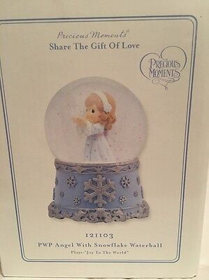 2011Precious Moments Share The Gift Of Love, PWP Angel With Snowflake Water Ball