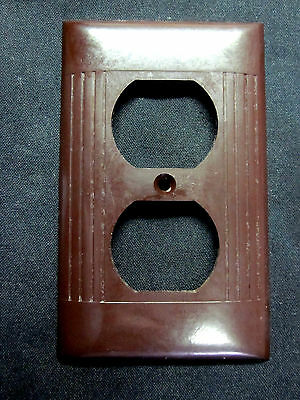 1 vintage antique Sierra art deco brown Bakelite ribbed lines outlet cover plate