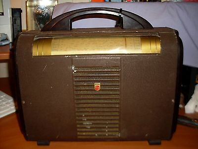 vintage philips town &country radio