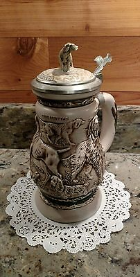 Vintage 1991 Avon Great Dogs Of The  Outdoors  Lidded Stein