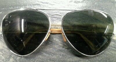 Vintage Ray Ban Bausch & Lomb 62mm with case silvertone frame, goldtone arms