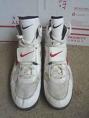 Men's Nike Air high top athletic basketball shoes size 16