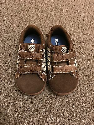 K-swiss kids leather shoes size 5 Brown