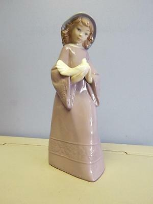 "Vintage 1991 Nao By Lladro ""a Bird In Hand"" #352G"