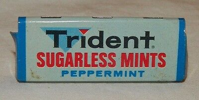 Vintage Trident Sugarless Mints Peppermint Metal Advertising Rack Sign