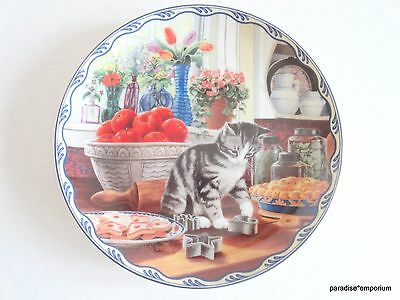 Bradford Exchange Cat Collector Plate COA Harriets Loving Touch Gray Tabby Kitty