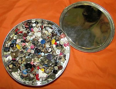 Lot of Vintage Buttons in Cookie Tin Plastic Metal Snaps