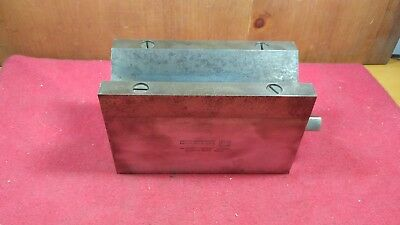 Vintage Brown & Sharpe Magnetic V Block #750 D