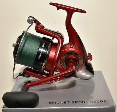 Daiwa Emcast Sport 5500A Saltwater Surf Spinning Reel with 30lb Spiderwire