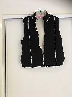 Ladies size 14 Yarra Trail Padded Vest Winter as new.
