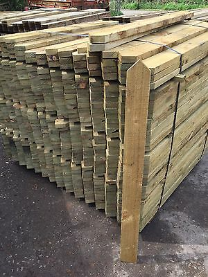 Pressure Treated picket fence pales 3ft 4ft Pointed And Rounded