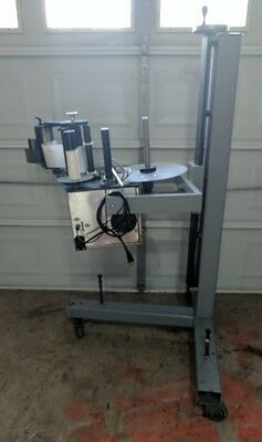 Label Aire Inc Model 2115CDL Wipe on Pressure sensitive labeler