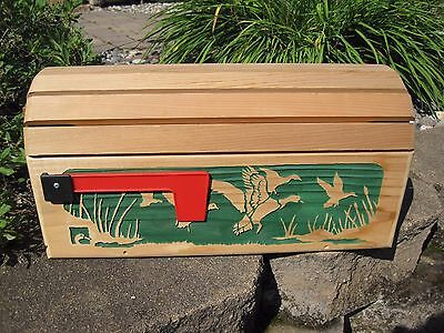 DUCKS UNLIMITED Wooden Cedar MAILBOX Cover & Mailbox UNUSED Beautiful!