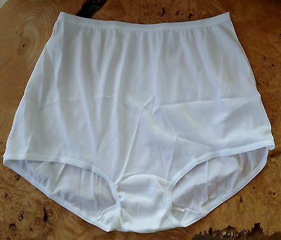 Vintage JC Penney 100% Acetate Women's Briefs Panty Size 40 Made in U.S.A.