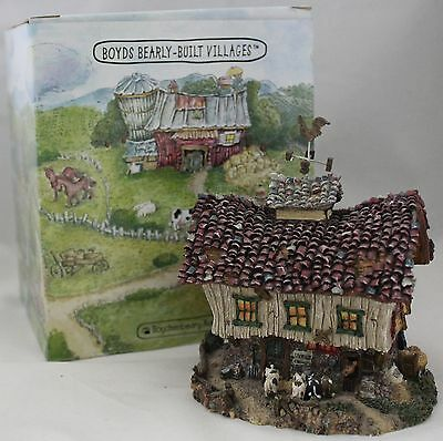 Boyds Boydsenberry Acres The Moosteins Dairy Barn Resin Village Building 19050
