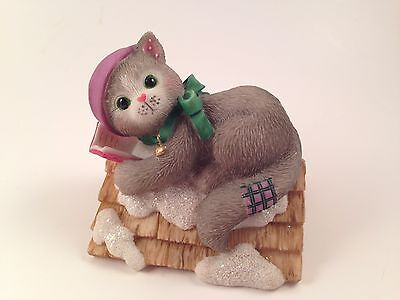 Enesco Calico Kittens Up on the Rooftop Cat Figurine Christmas Roof 542547