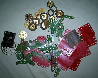 Vintage MECCANO assorted pieces. [CAN POST ]