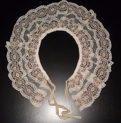 Antique Lace Collar Velvet Ribbon Ivory With Brown