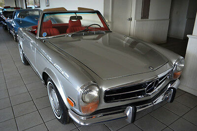 1970 Mercedes-Benz SL-Class 280SL 1970 Mercedes 280SL  in highly restored excellent condition