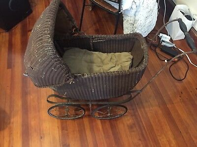 Antique TURN OF THE CENTURY Wicker Baby Carriage / Buggy