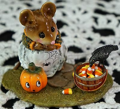 Wee Forest Folk The Uninvited Guest M-330C Halloween Crow Candy Corn Pumpkin