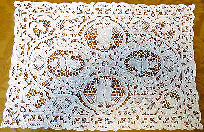 Antique Lace Placemats White Needlelace Table Set 4 Dancing Couple Figural Lady
