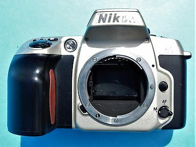NIKON N60 SLR 35mm BODY 2 CR-123 INCLUDED LIGHTS UP NO LENS, NO STRAP JAPANESE