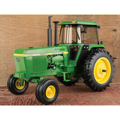 NEW John Deere 4640 Tractor, Collector Edition, 40th Anniv. 1/16 Scale (LP64477)