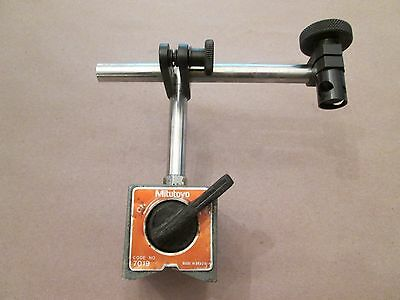 Mitutoyo Magnetic Indicator Base, 7019, With Attachments