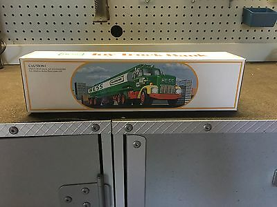 HESS TANKER TOY TRUCK / BANK, Year Unknown, Mint Condition, Unopened