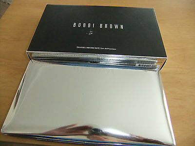 Bobby Brown  Full Travel  Brush Set     New With Tags