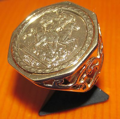 BEAUTIFUL  SECONDHAND  9ct YELLOW GOLD  st. GEORGE  GENTS SIGNET RING SIZE N
