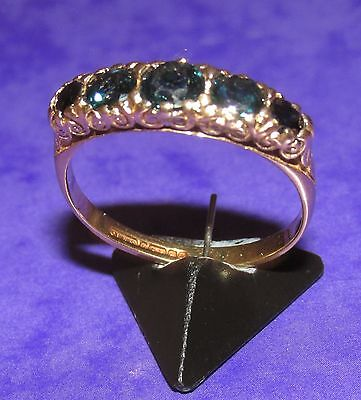 BEAUTIFUL VINTAGE 9ct YELLOW GOLD SAPPHIRE 5 STONE BAND RING SIZE P
