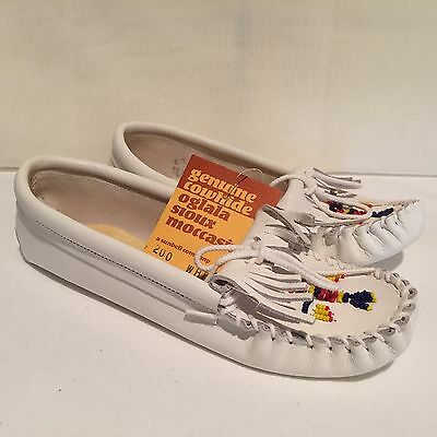 Oglala Sioux Moccasins Loafers 200 White Womens Sz 5.5