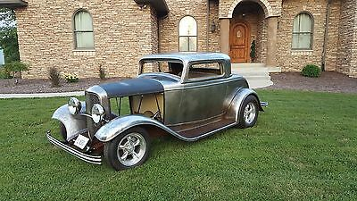 1932 Ford Coupe  1932 Ford All Steel 3 Window Coupe
