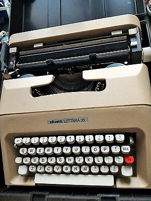 Vintage Olivetti Lettera 35' Portable Typewriter + Carry Case Antique