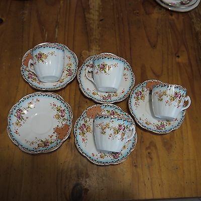 Vintage Asian-style 4 cups & 6 saucers