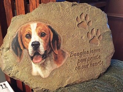Bradford Exchange Beagle Plaque - Beagles Leave Paw Prints On Our Hearts 2003