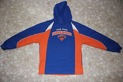 Vintage Adidas New York Knicks Boy's Hooded Sweater Size L (14/16)