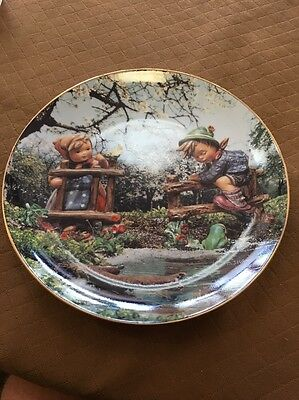M I Hummel Signs of Spring April Calendar Plate Collection Limited Edition