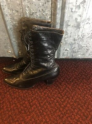 Antique Victorian Vintage Women's Black Leather Lace up Edwardian Boots