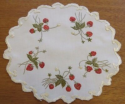 """Antique Doily Hand Embroidered Linen Strawberries Society Silk Table Mat 9 1/2"""""""