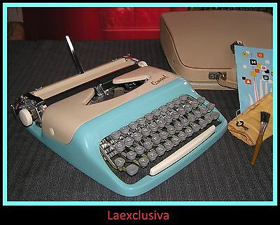 Great Cool slim CONSUL Typewriter of the 50s, BABY BLUE - CREAM,.WORKING (video)