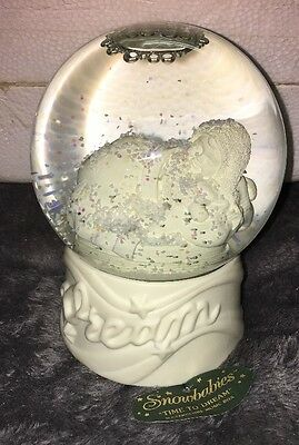 """Retired Department 56 Snow Babies """"Time To Dream"""" Snow Water Globe Music Box"""