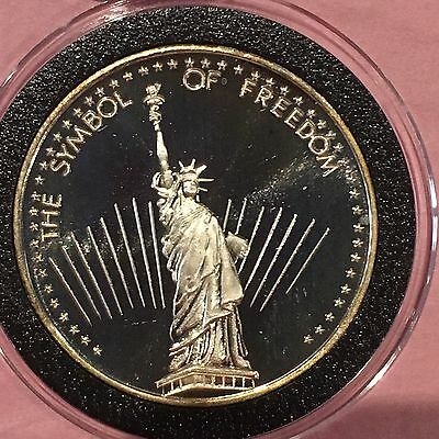 Statue Of Liberty Symbol Of Freedom 1 Troy Oz .999 Fine Silver Round Rare Coin