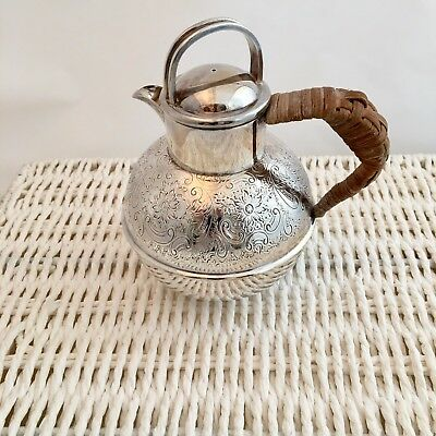 Barker Bros early 20th C Silver plated 1 pint teapot Wicker handle EPNS  Vintage