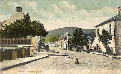 TINAHELY LOOKING NORTH WICKLOW IRELAND POSTCARD Pub for S. WEIR DRAPER SENT 1911