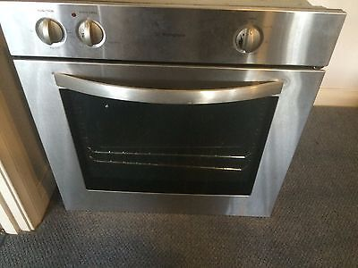 Westinghouse 60cm Stainless Steel Electric Wall Oven (POP663S)